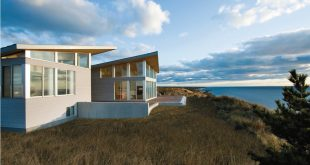 beach house designs - seaside living: 50 remarkable houses book | EDFIOFS