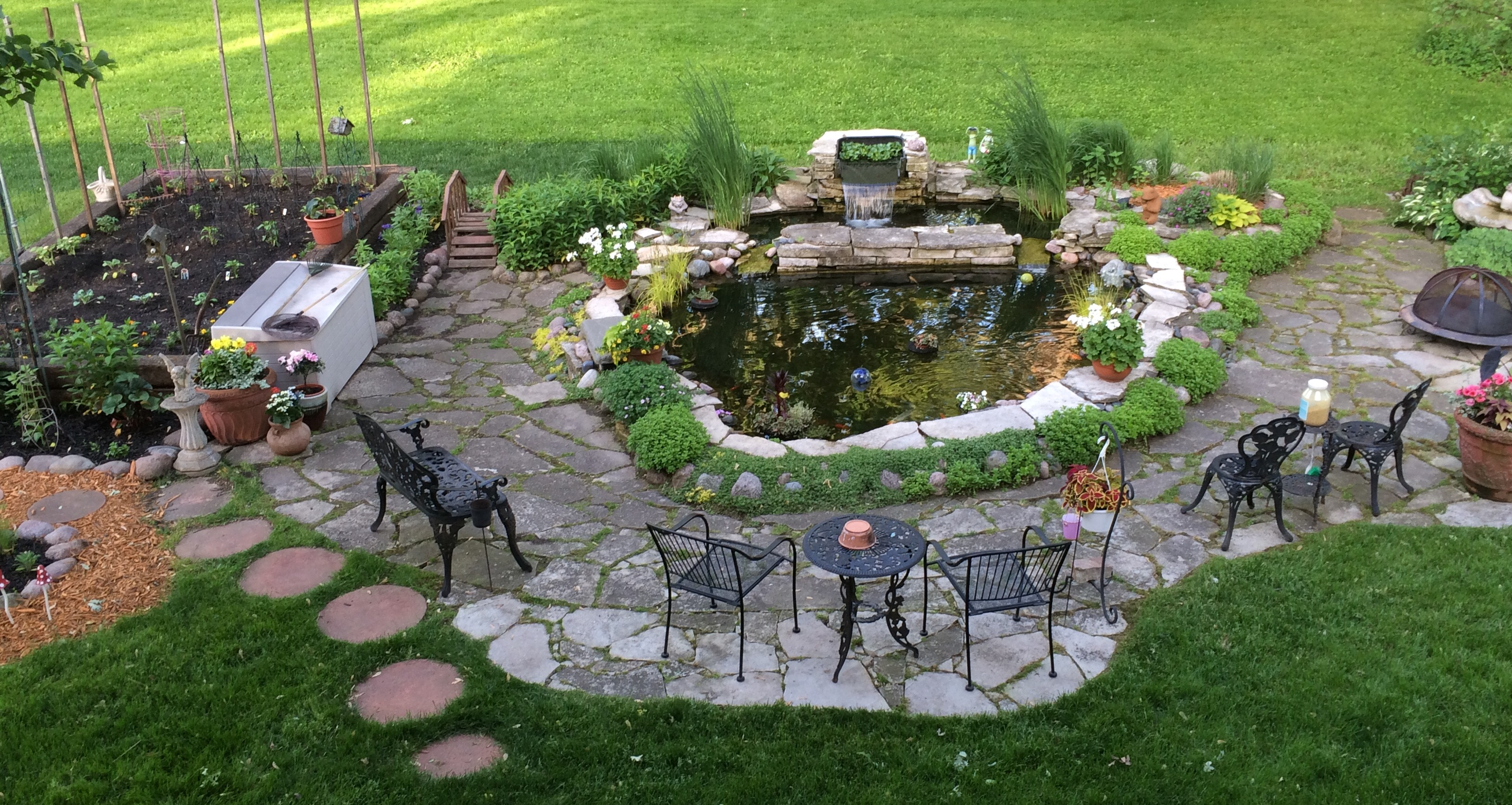 beautiful backyard pond and garden. CWBSRXY