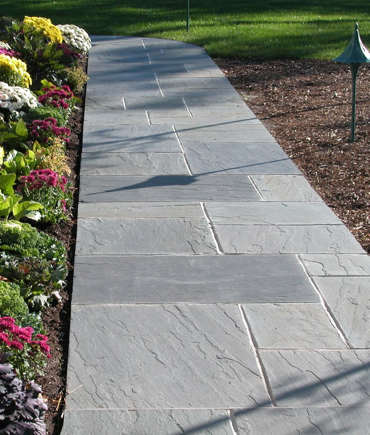 Building an Impressive Garden with blue stone pavers