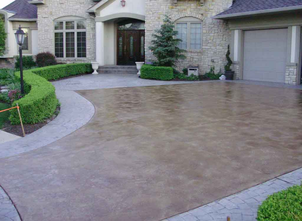 Process of adoring your home with concrete driveways