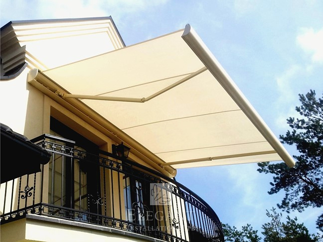 electric awnings electric awning awesome electric patio awnings uk fully fitted RPDHCSP