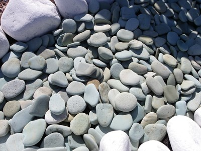 garden pebbles flat green pebbles (out of stock)