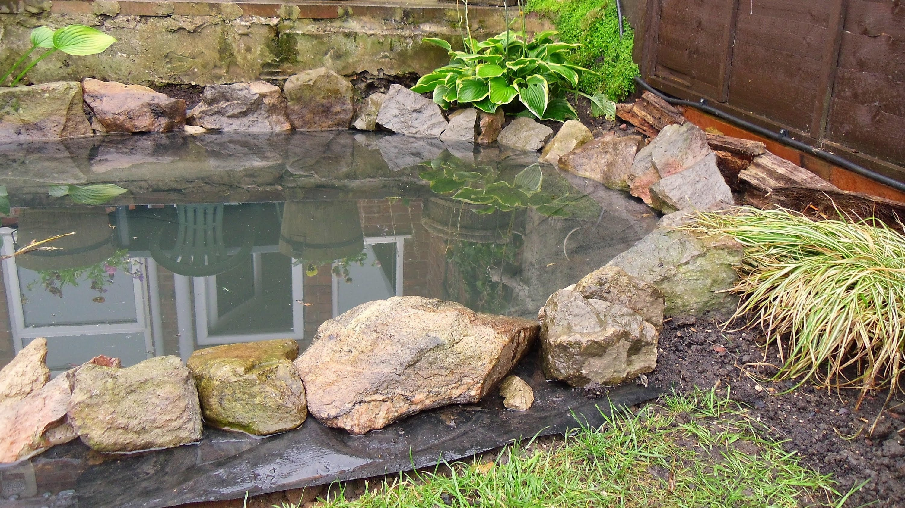 garden ponds how to build a garden pond (diy project) - youtube PDHTFHI