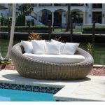 mauzac round patio daybed with cushions RMMVHZR