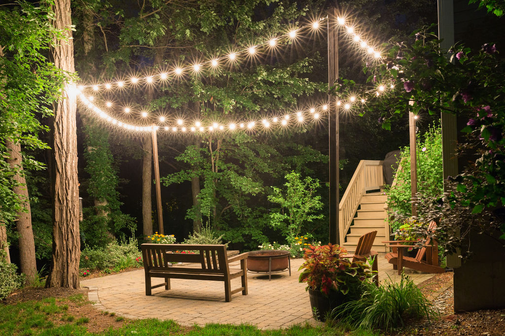 picture of patio lighting with planters ... EZRBDLR