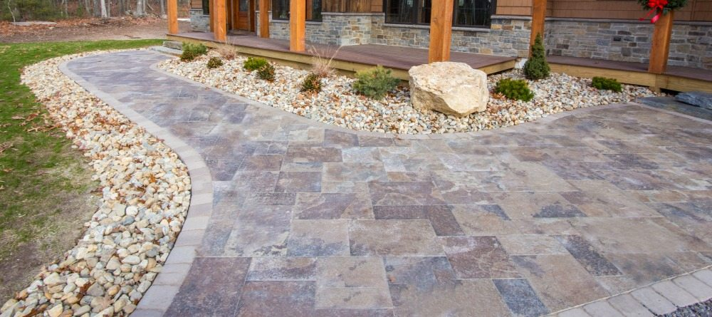porcelain pavers vs. concrete pavers: pick the right