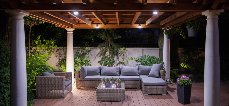 Make your outdoor look great using Outdoor garden furniture