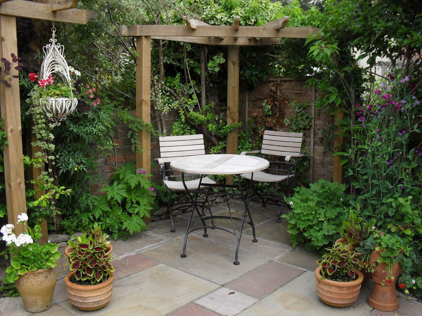 small patio ideas 24 NFQDEET