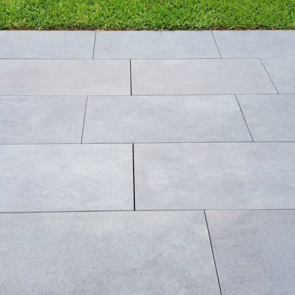 stoneblue bluestone pavers sawn finish 30mm JBDORSR
