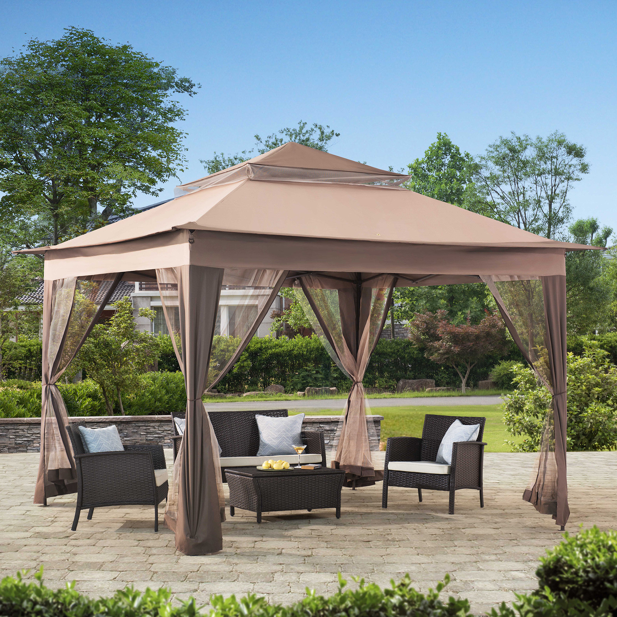 Choosing patio gazebo for your outdoor activities