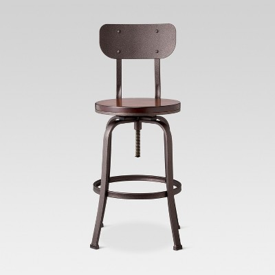 Making the Best Use of   Adjustable Bar Stools at Home