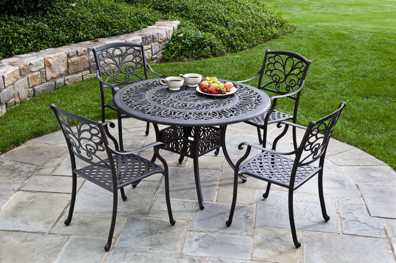 Patio. inspiring metal outdoor tables: 8.metal-outdoor-tables