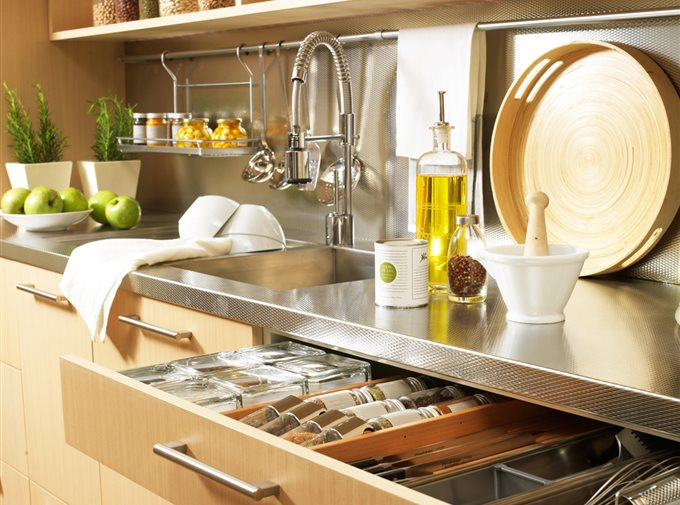 Kitchen accessories to keep it tidy - VANY Home Decor