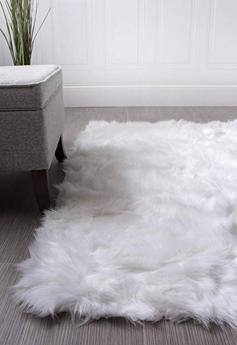 Amazon.com: Super Area Rugs Soft Faux Fur Sheepskin Shag Silky Rug