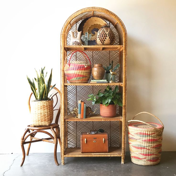 What's Hot on Pinterest: 5 Vintage Decor Ideas for Your Home Decor