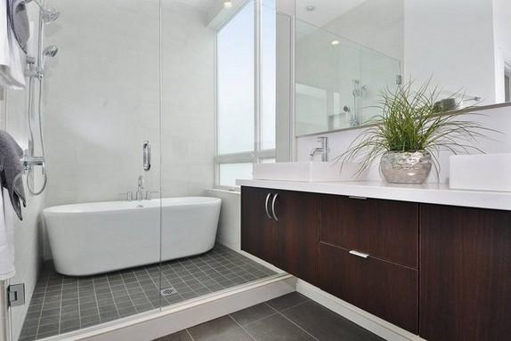 Modern shower bath combination