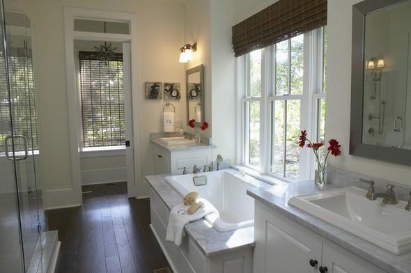 White bathroom decoration 3