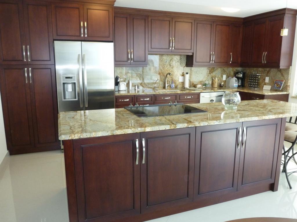 Kitchen cabinet finishing 3