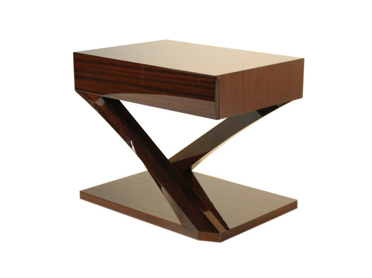 Extraordinary side table 2