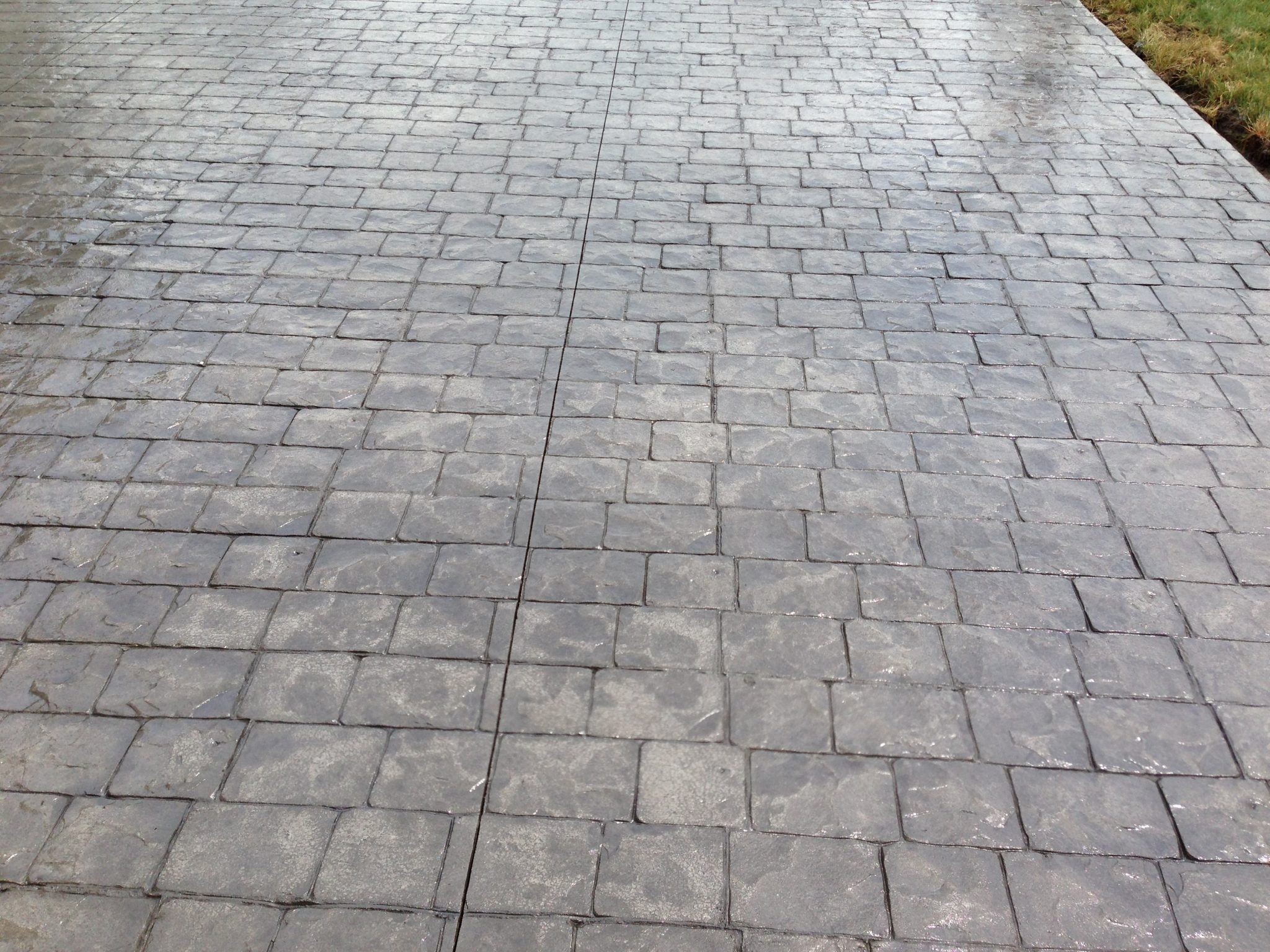 ... london cobblestone patio in stamped concrete. ... ADOQBXM