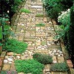 Creatively Stunning Garden Path Ideas