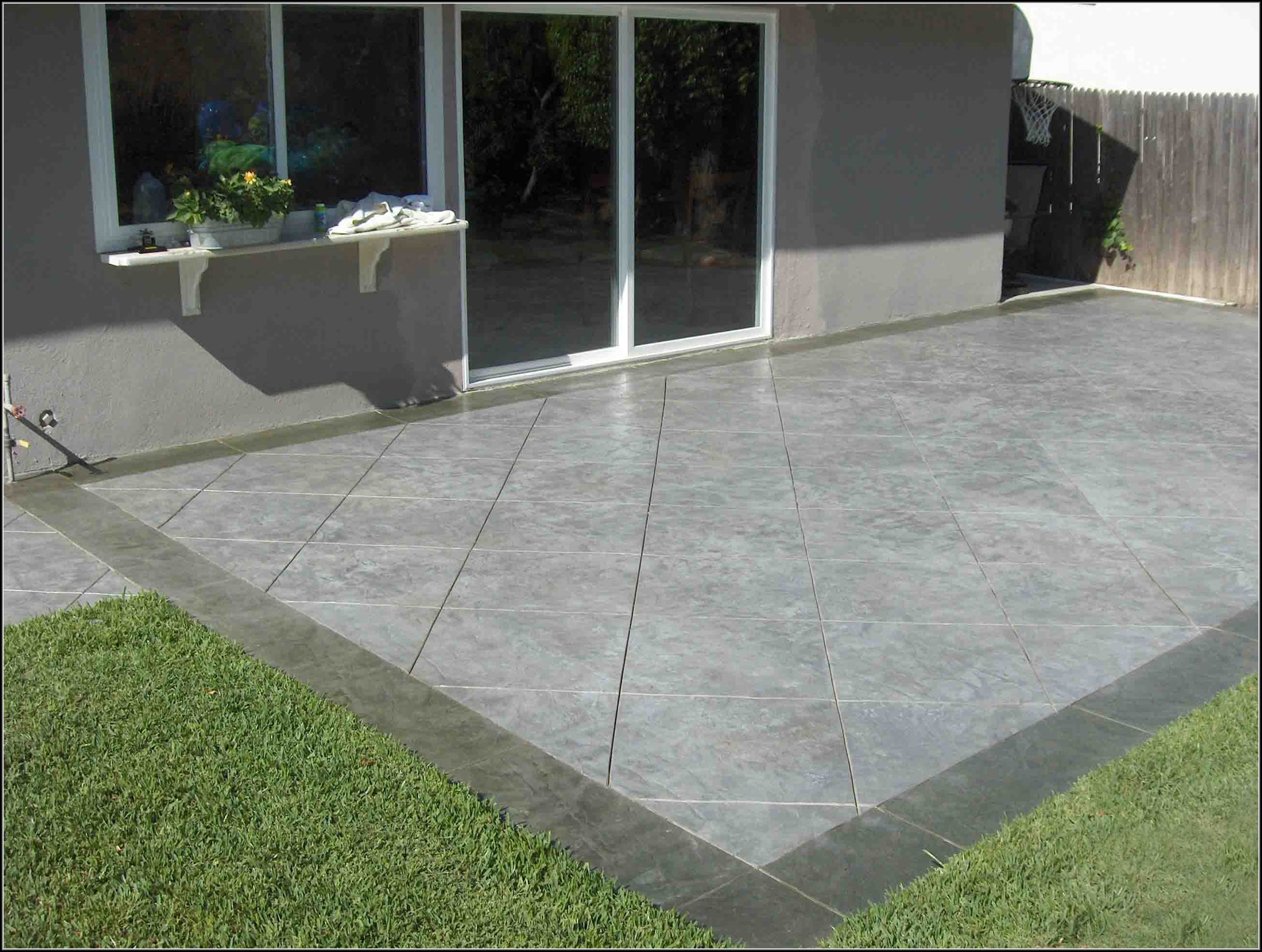 backyard cement patio ideas avatar DEBUCPH