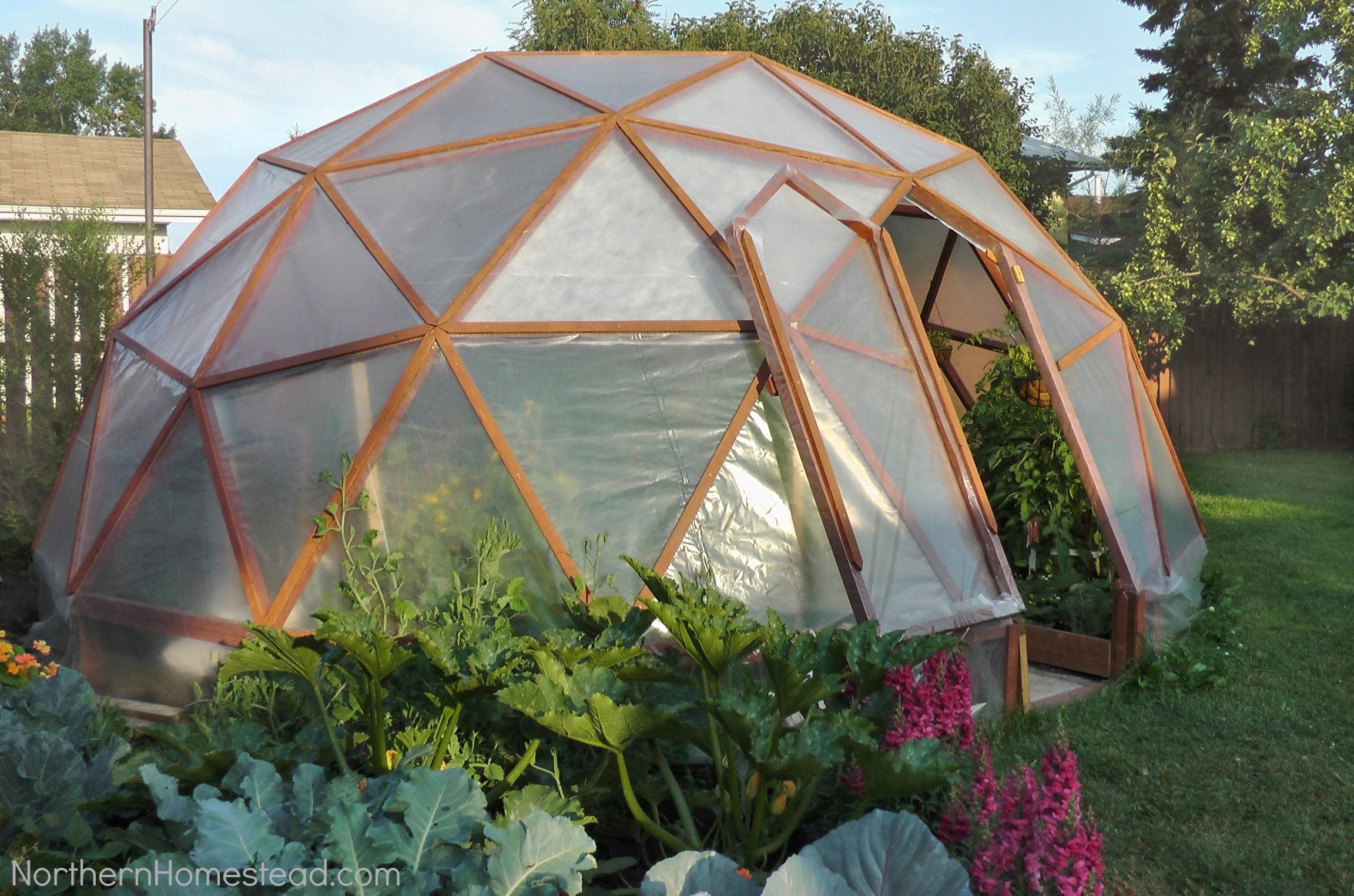 backyard greenhouse 18 diy backyard greenhouses - how to make a greenhouse UMKEIVY