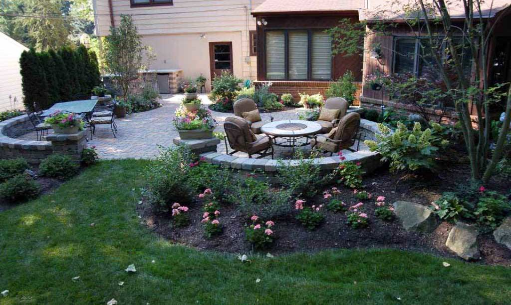 backyard landscape ideas plantings-around-patio-backyard-minnetonka ZIUWJDQ