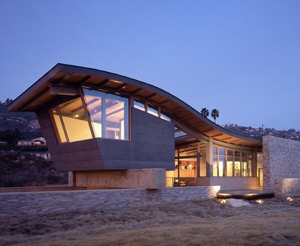 beach house designs unusual roof design beach house 1 unusual roof design adds interest to PQNFFRE