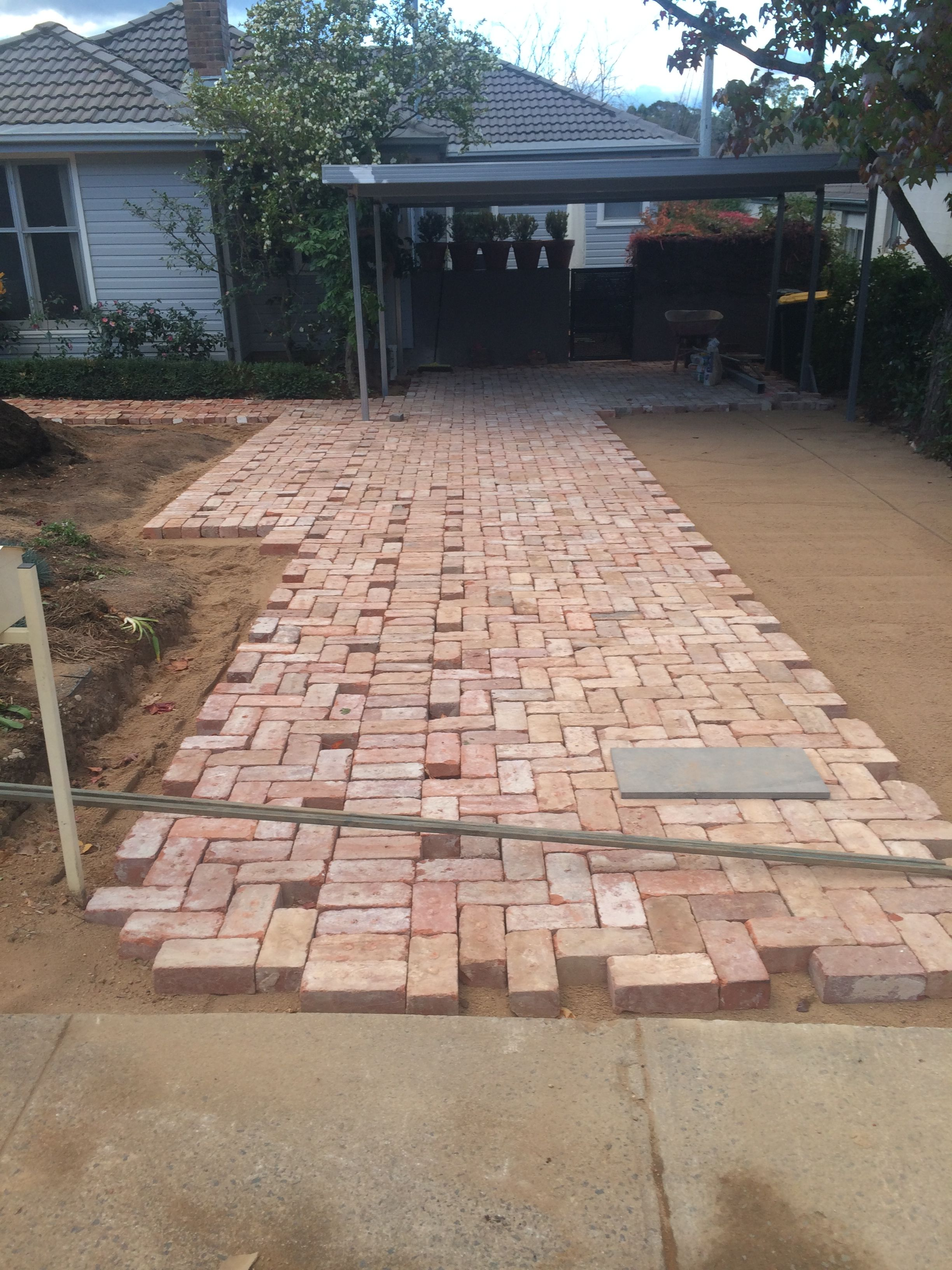 brick driveway driveway paving using old canberra red bricks. DAFRQKL