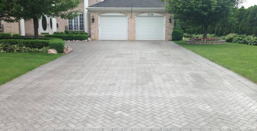 brick driveway PZTEAYW
