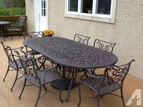 cast iron patio furniture A Picture Perfect Outdoor Space with Wrought Iron Patio Furniture  cast iron patio furniture