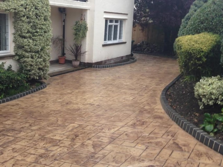 complete driveway designs ltd based in bury WPBIGTZ
