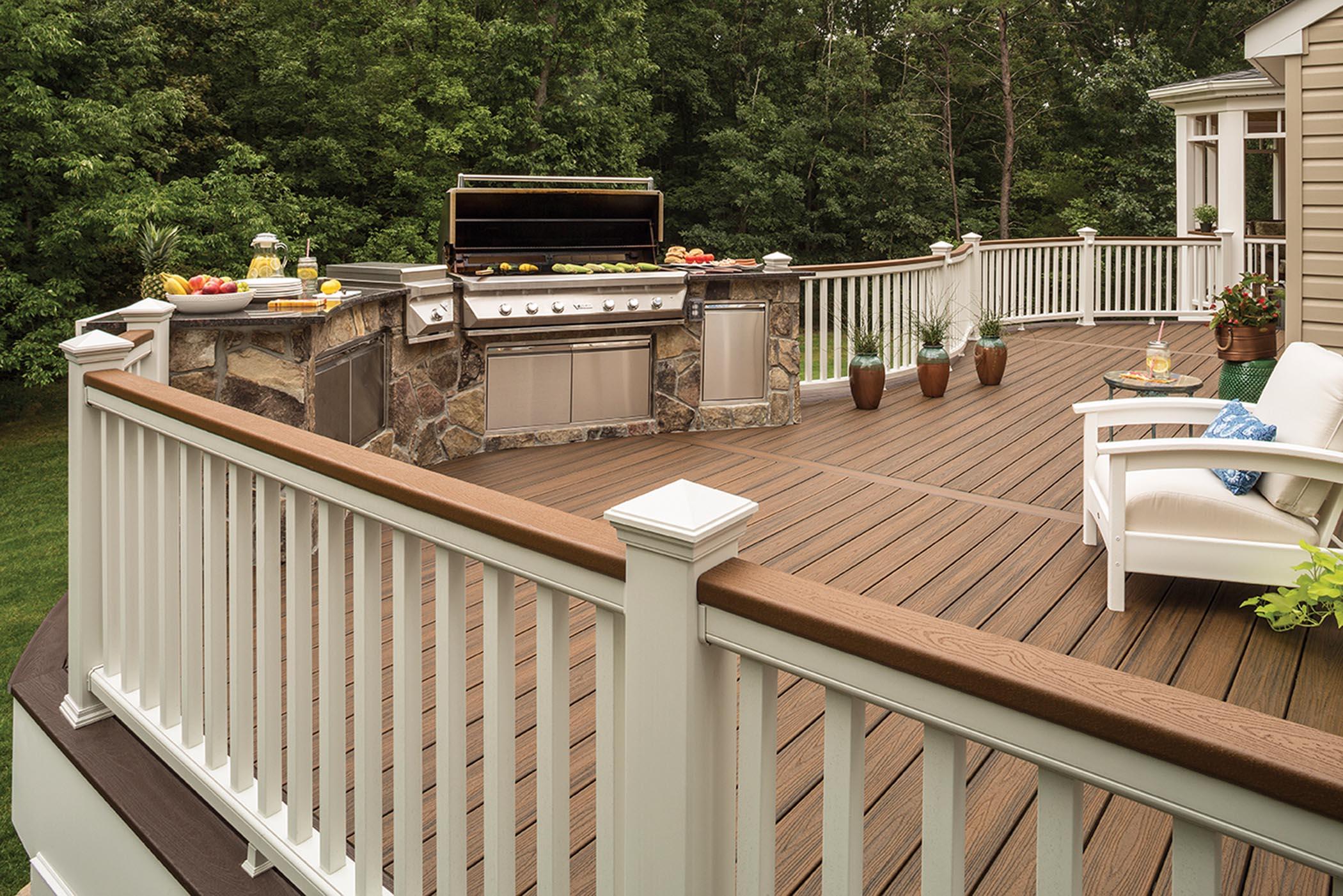 composite deck five advantages of composite decks UDKHEHP