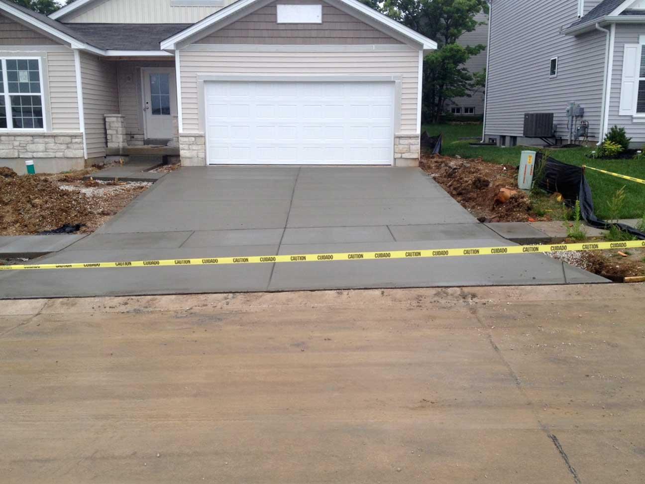 concrete driveways new concrete driveway CQTXATM