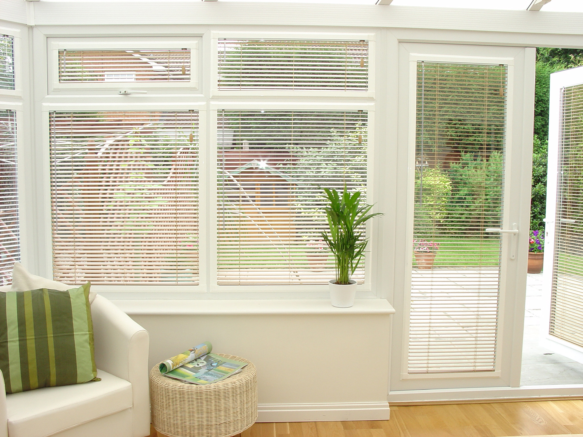 conservatory blinds choose from pleated, venetian, vertical or roller blinds to suit any QUOYRPB