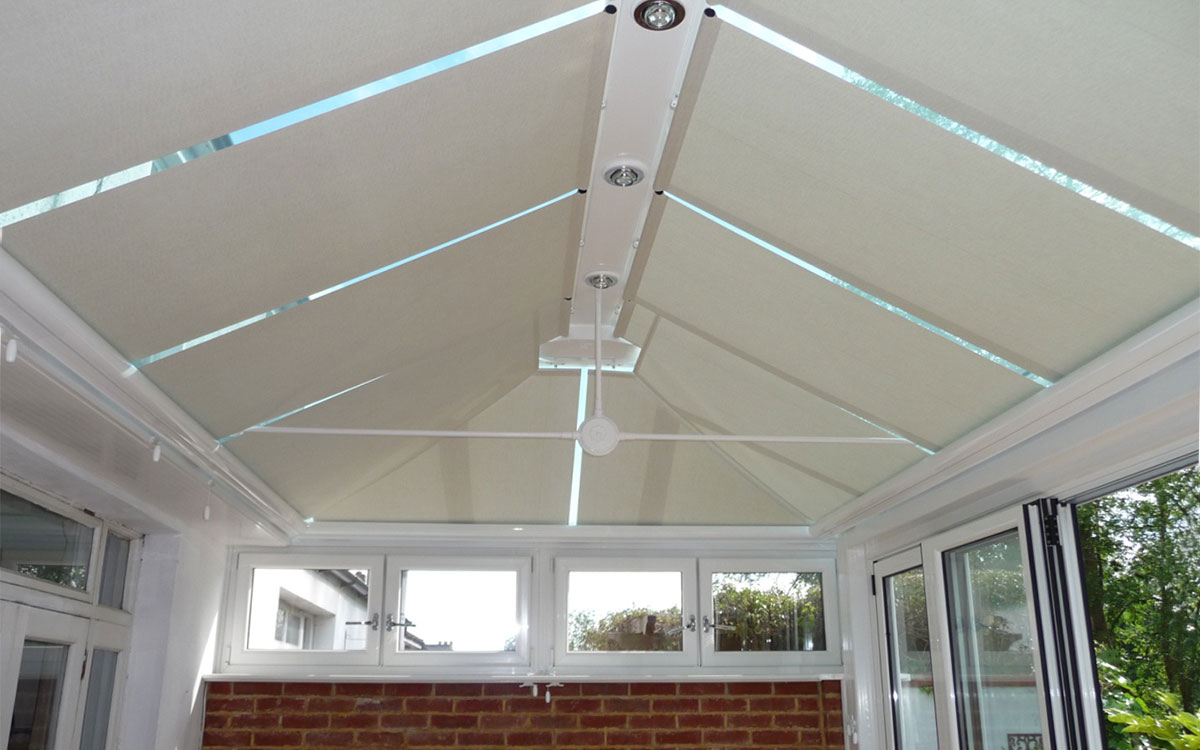 Get The Functionality Of Conservatory Roof Blinds For Your Conservatory Decorifusta