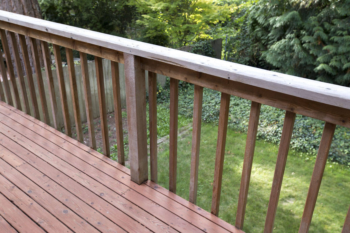 deck balusters dunn diy how to install deckorators aluminum balusters seattle wa 1 BFAMHHW