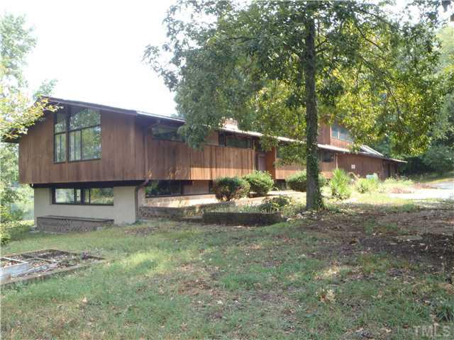 deck house ... markham house, 4610 hunters ridge trail, durham. sold in 1985 to RPRBLMU