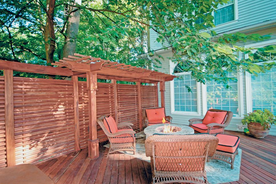 deck privacy screen photo by: hickory dickory decks WVVBXAF