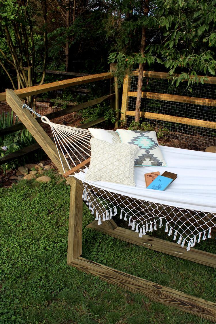 diy outdoor furniture sweet splendor diy summer hammock UTJYJNE