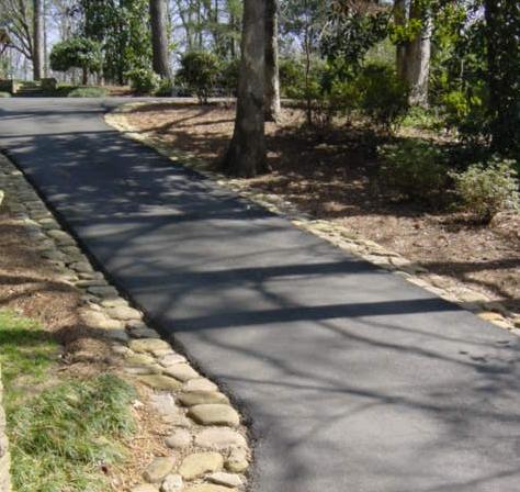 driveway edging article 3.5 river rock edged pathway JDVEIRR