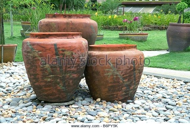 extra large garden pots creative of extra large plant pots large planter IYOMNUN