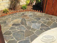 flagstone patio backyard SQXPGOY