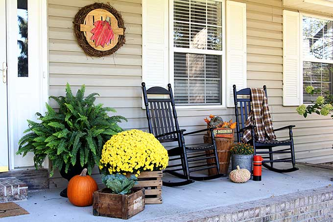 front porch decor fall front porch PSWLTUB