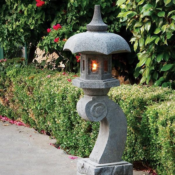 Essentials in Creating Garden Lanterns