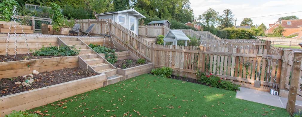 garden fence ideas white horse pub: country garden by hampshire design consultancy ltd. ZSBXDUF