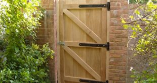 garden gates http://www.the-green-oak.co.uk/pic_317.jpg. this is obviously oak, but  would i use green or KJHSNDZ