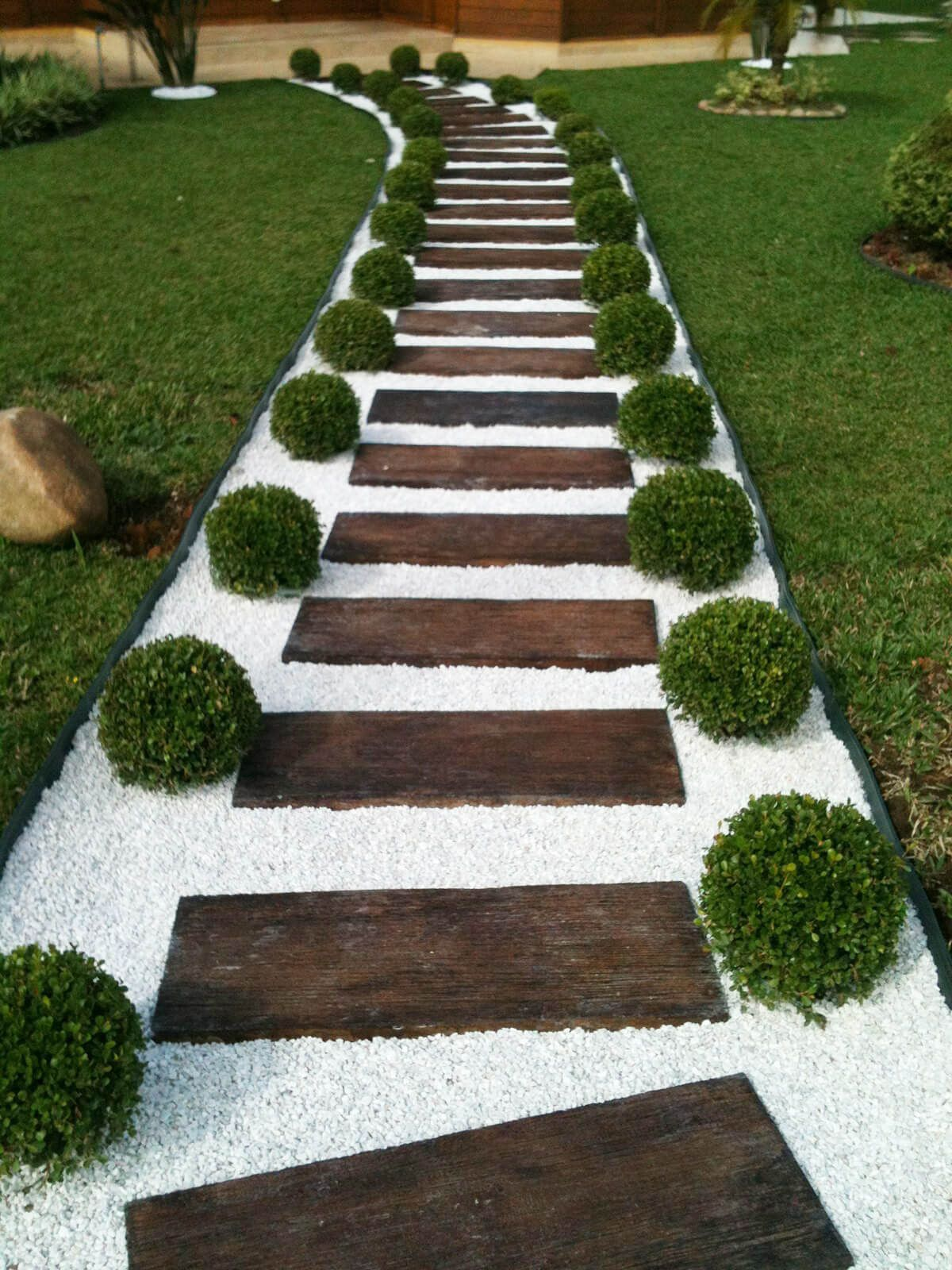 garden path ideas clean stone and wood ladder effect ISZUHXA