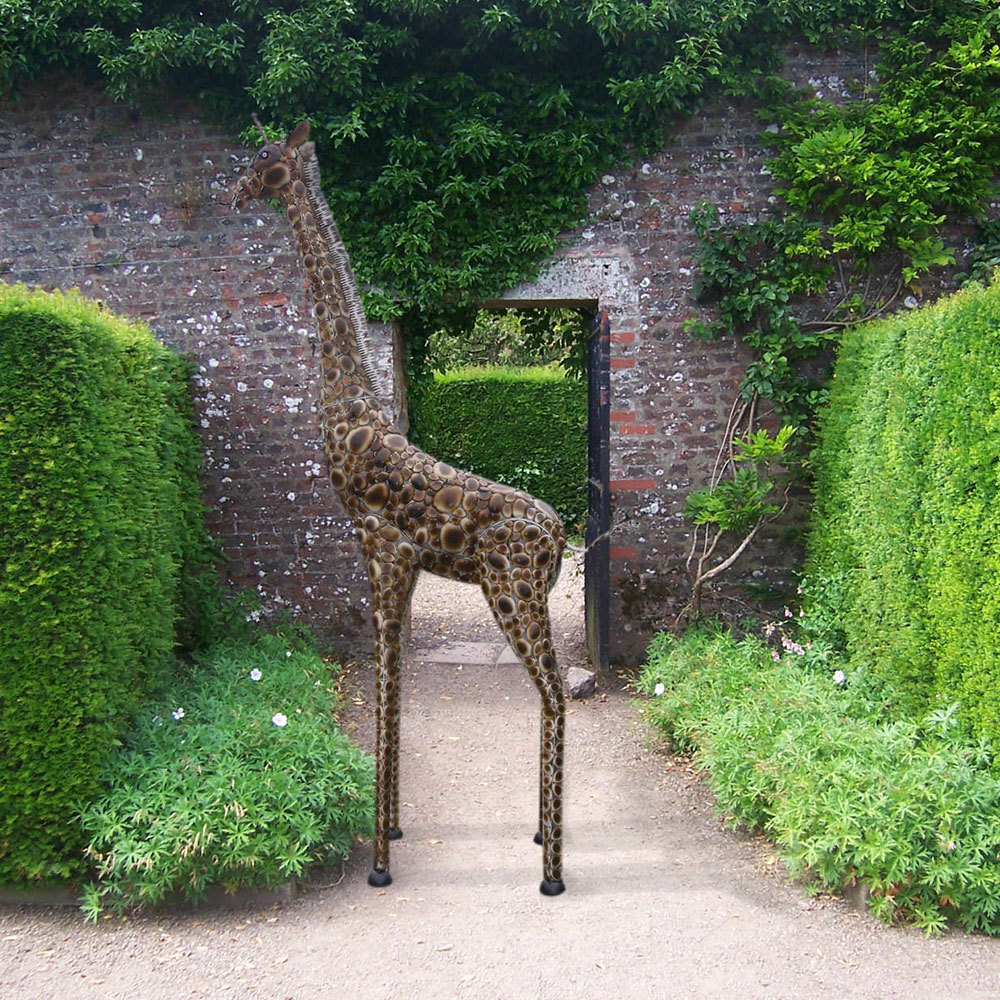 Garden Sculpture Ideas That Will Make